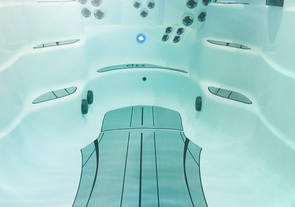 SwimDek to debut at the International Pool, Spa & Patio Expo